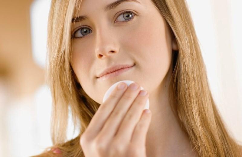 Тщательный уход за кожей лица