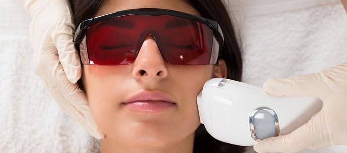 Лазерная шлифовка рубцов на лице