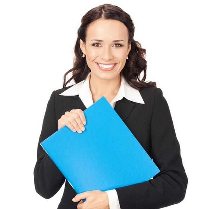 Женщина с папкой