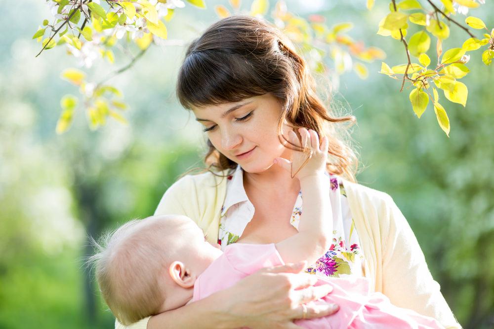 Правильное кормление младенца
