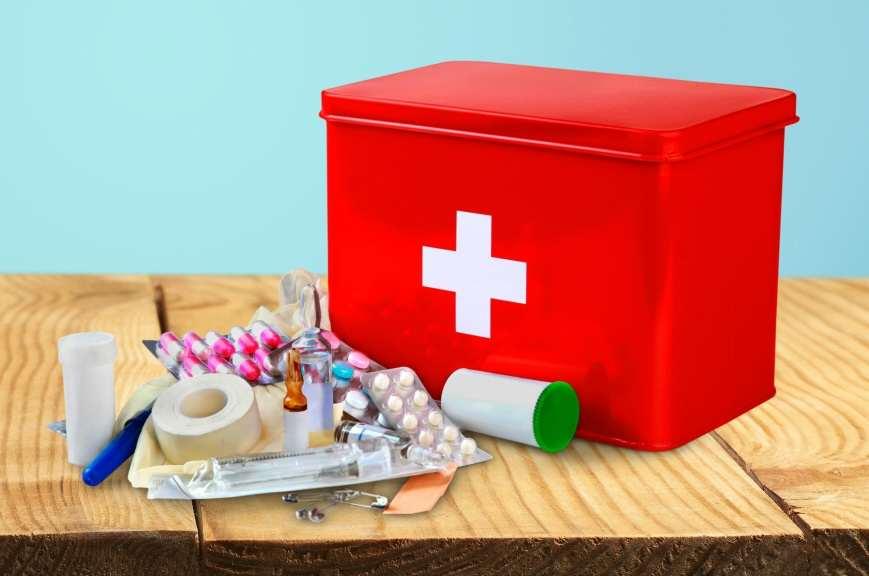 Аптечка с лекарствами